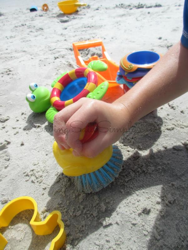 bath-toys-beach