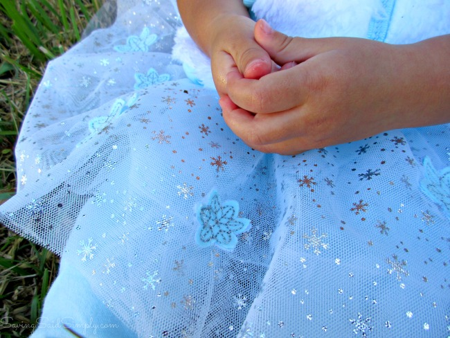 Kohls Disney Frozen Girls Clothing Giveaway FrozenFunatKohls