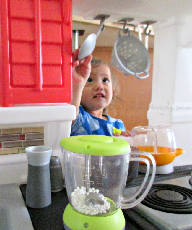 Toy kitchen review