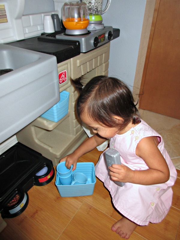Step  Little Cooks Kitchen Review