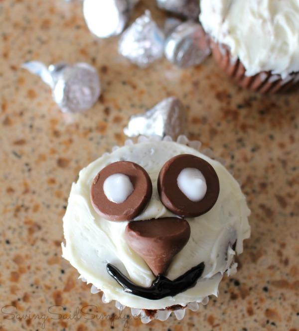 Easy diy panda cupcakes