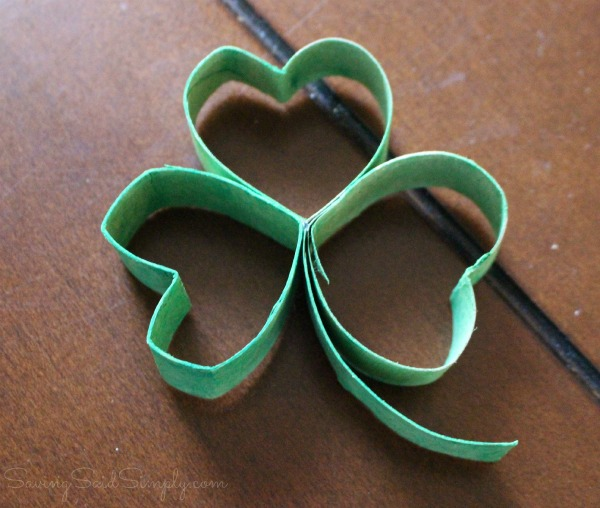 Easy shamrock craft