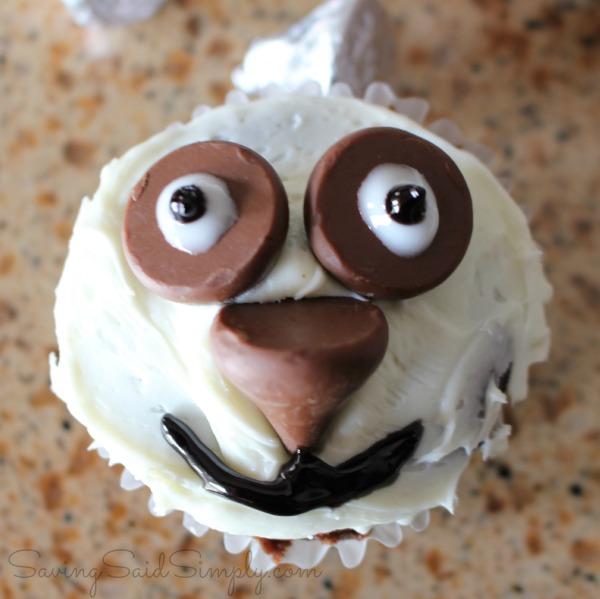 Panda cupcake how to