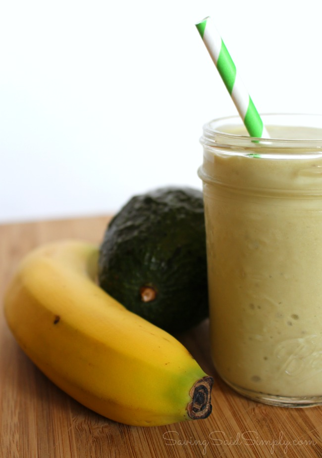 Easy paleo smoothie for kids Paleo Banana Avocado Smoothie Recipe - Creamy and delicious, gluten-free, dairy-free. Kid friendly and taste tested approved! #Recipe #Smoothie #HealthyRecipe #Paleo #GlutenFree #DairyFree