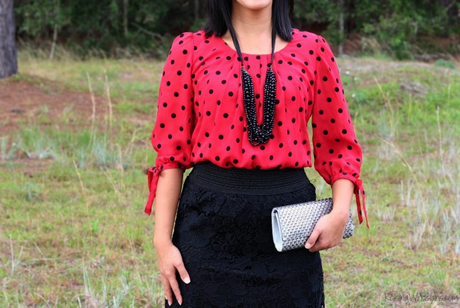Festive holiday top Bealls outlet