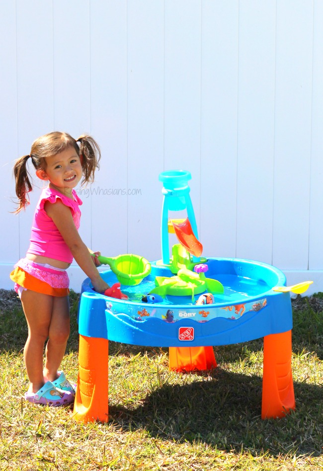 Step2 water table Finding Dory DIY Finding Dory Party + Step2 Water Table Giveaway | Disney party ideas & the new Step2 Finding Dory Whirlin' Waves Water Table #PartyPlanning #SummerFun #KidsActivities