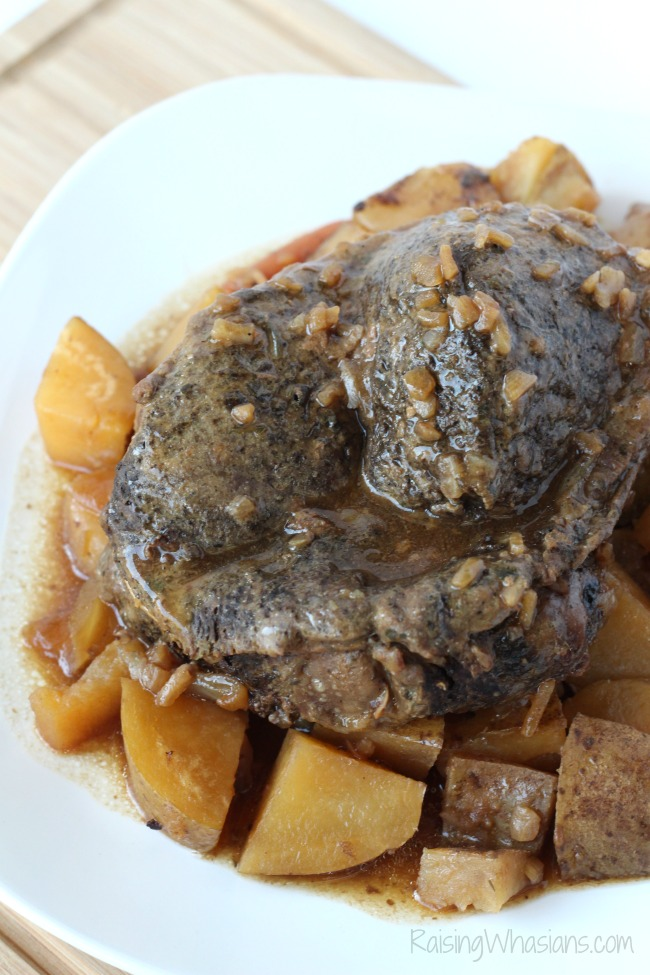 Slow cooker pot roast easy