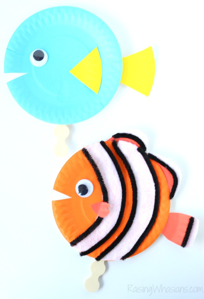Finding Dory craft idea toddlers Finding Dory Craft Paper Plate Puppets #FindingDoryEvent | Easy DIY Finding Dory Craft Idea with paper plates & Disney inspiration. Make Nemo & Dory