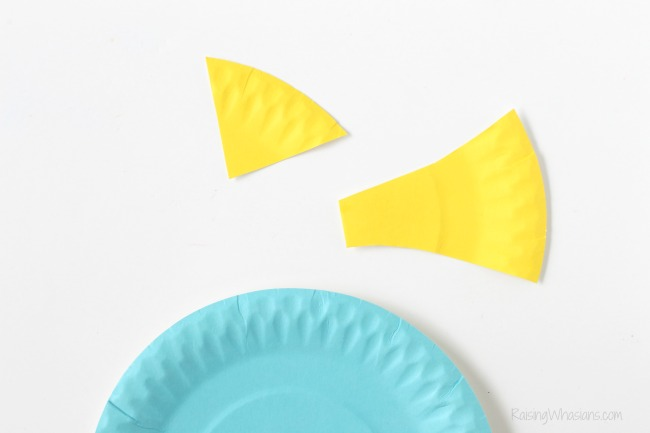 Paper plate finding dory craft