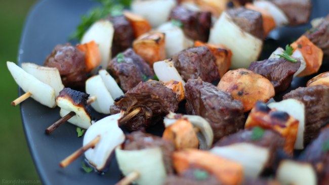 Apple cider marinade for steak Fall Steak Kabobs with Apple Cider Marinade | Delicious fall grilling recipe featuring steak, sweet potatoes & easy apple cider marinade #ProteinChallenge #Recipe #grilling