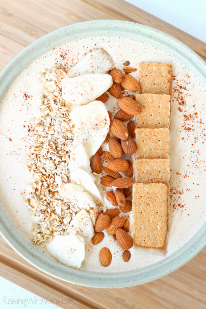 Peanut Butter Apple Pie Smoothie Bowl | Enjoy apple pie for breakfast with this delicious and easy fall inspired smoothie bowl recipe #Recipe #Breakfast #SmoothieRecipe
