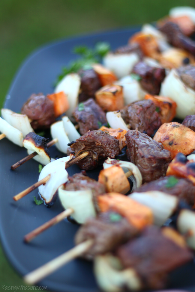 Easy fall steak kabobs with apple