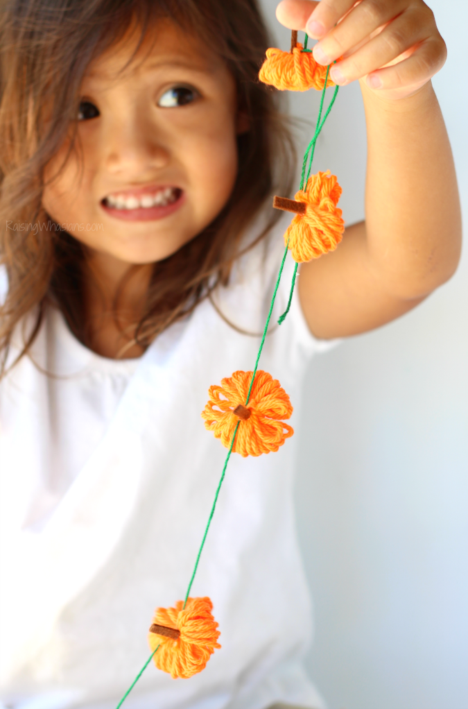Easy pumpkin garland kids craft