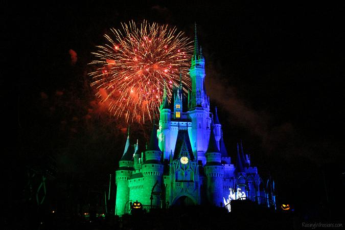 Hallowishes fireworks Disney world