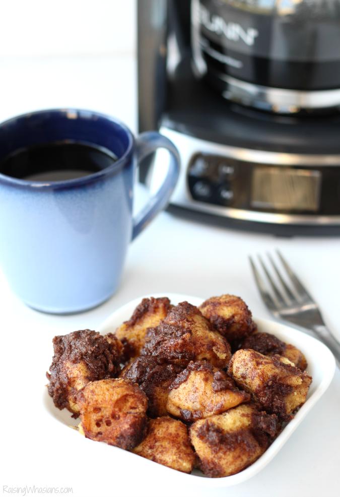 Slow cooker coffee cake monkey breadrecipe