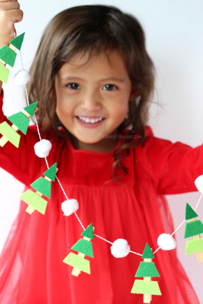 Christmas garland tree craft