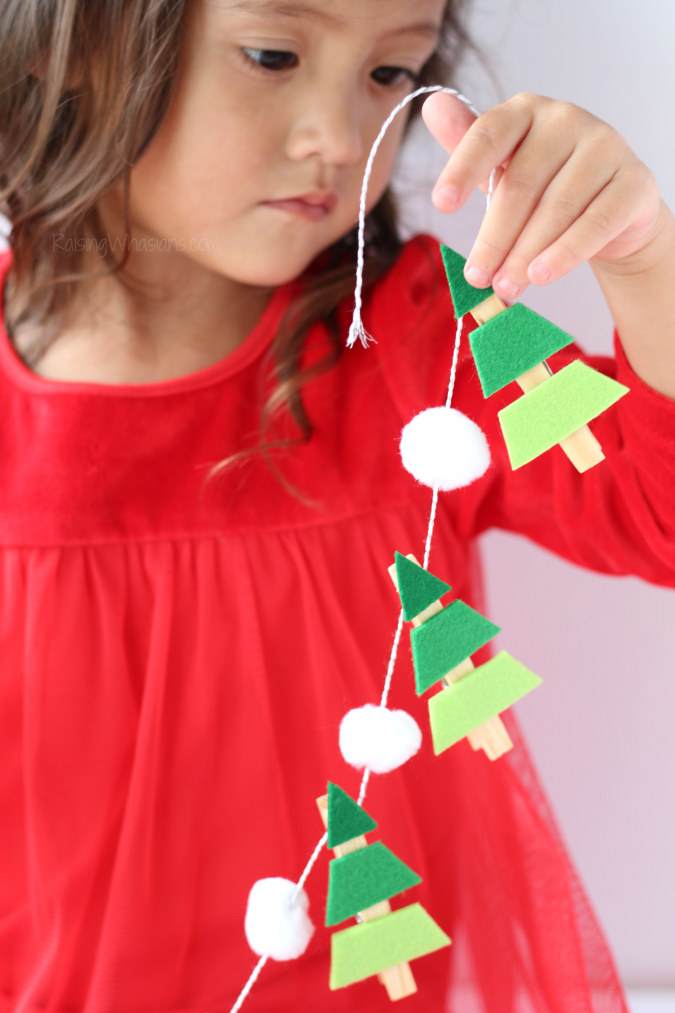 Christmas tree garland kids craft