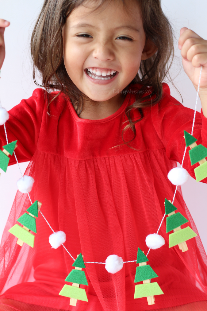 Christmas tree garland toddlers
