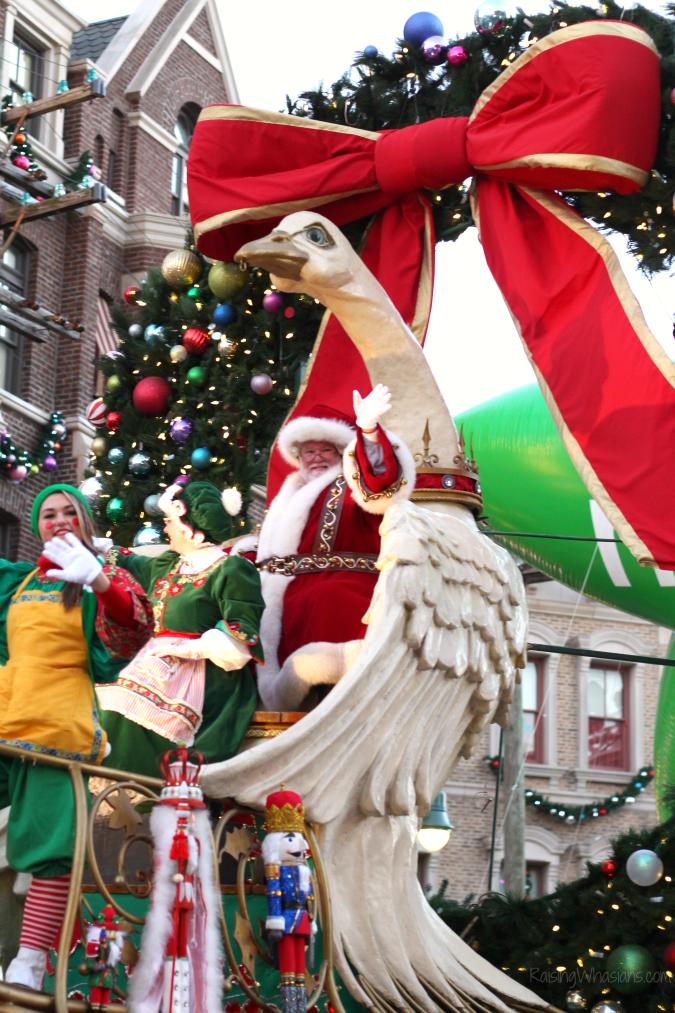 Macy's holiday parade universal studios
