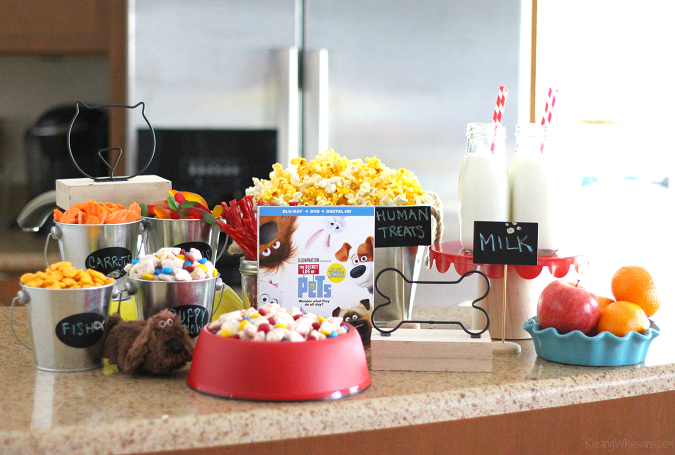 Secret life of pets party The Secret Life of Pets Puppy Chow & Family Movie Night Ideas | Make an easy The Secret Life of Pets inspired snack + ideas for a pet inspired movie party #PartyPlanning #Recipe