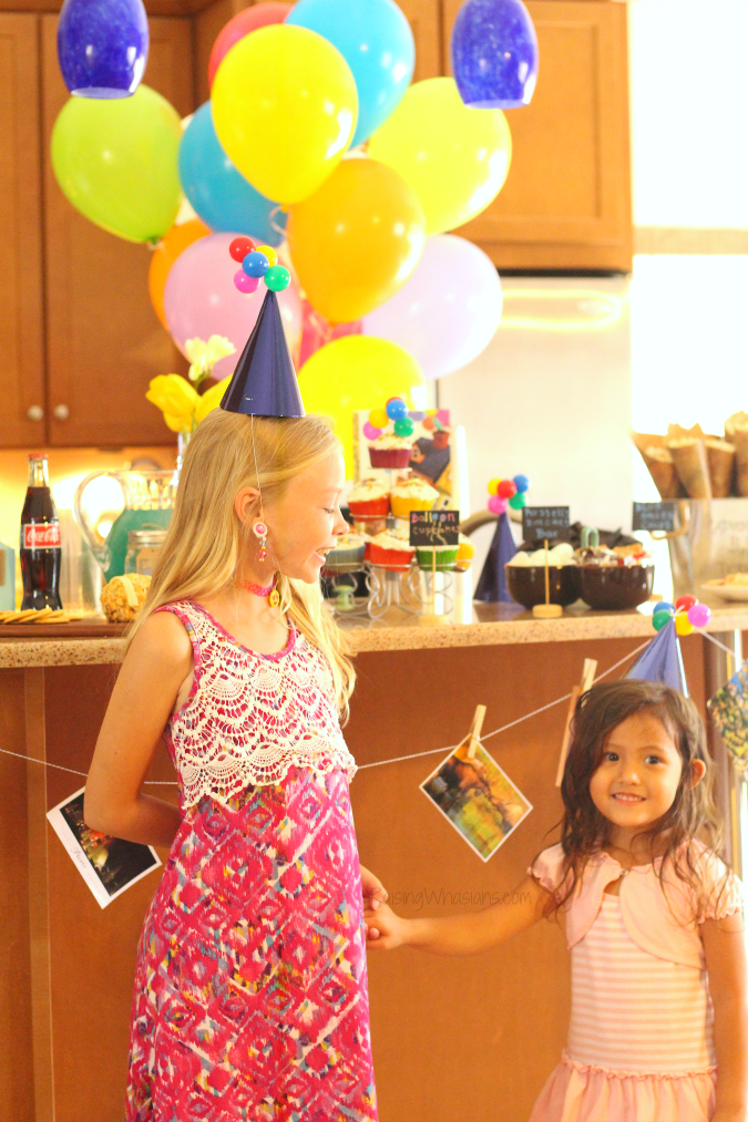 Disney Up Party Ideas + FREE Printable | Join us for a #DisneyKids inspired Disney themed party - food, decor, drinks, crafts, activities & FREE printable #Disney #DisneyParty #PartyPlanning #KidsParty