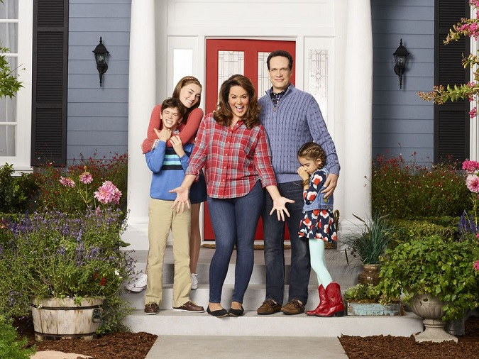 Exclusive American housewife interview Katy Mixon