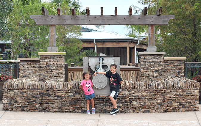 Shopping Disney springs tips back to school