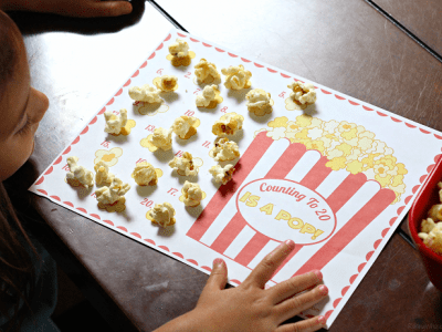 Free popcorn counting printable for preschoolers