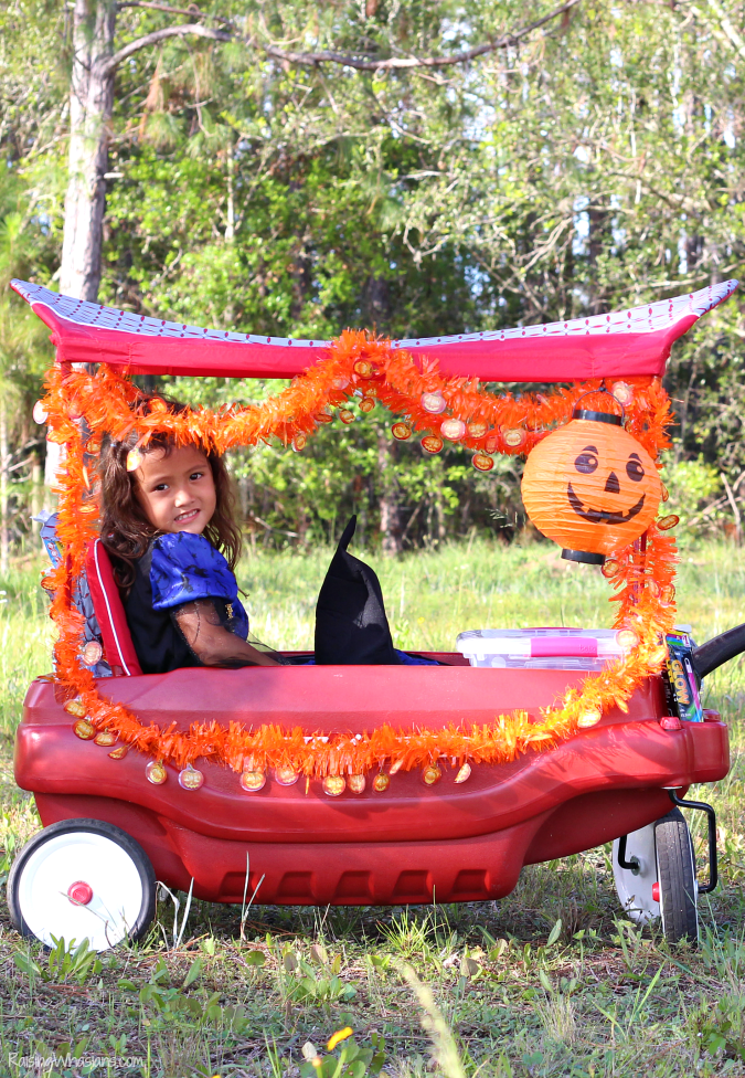 DIY Halloween wagon