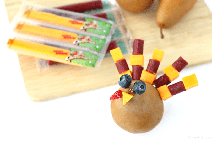 Easy Thanksgiving snack idea for kids