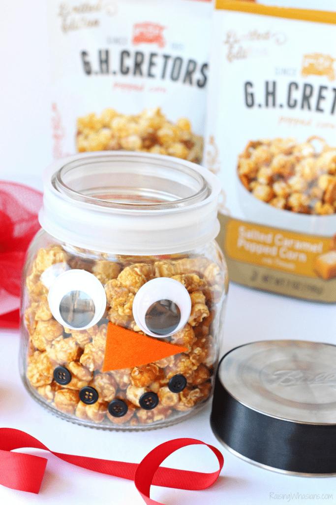 Popcorn snowman craft