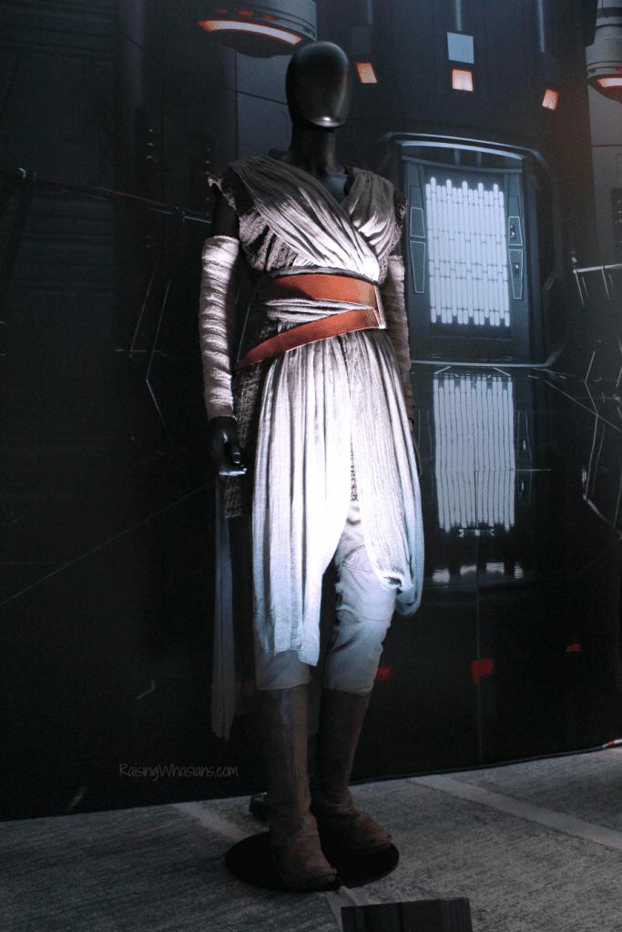 Rey costume the last jedi