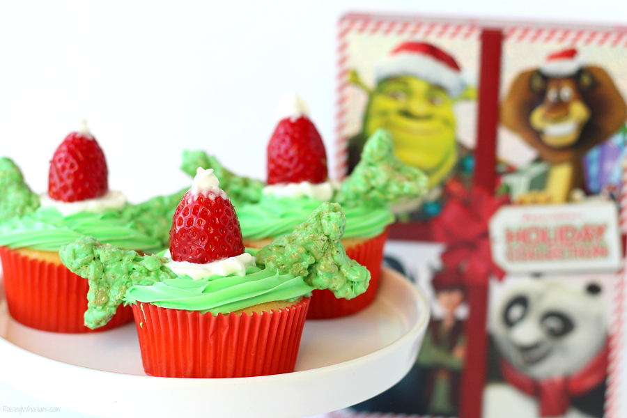 Shrek the halls cupcakes