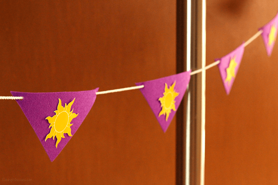 Easy tangled party banner