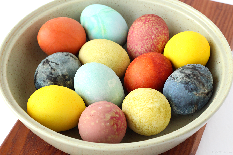 6 Easy Natural Easter Egg Dyes for the Most Vibrant Colors ...