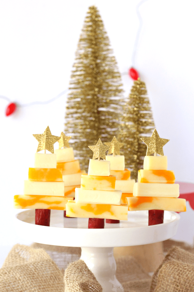 Easy Christmas tree snack idea for kids
