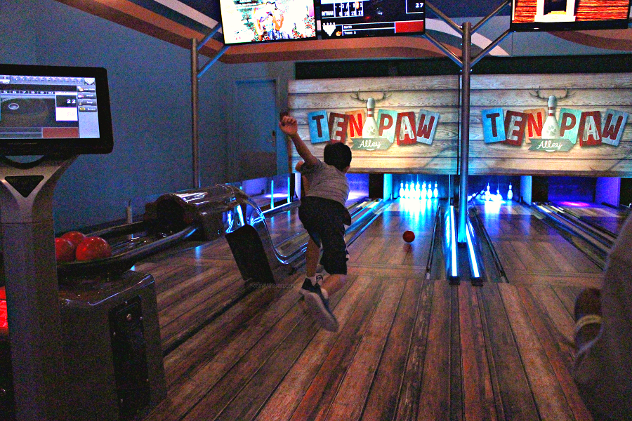 Great wolf lodge bowling for kids